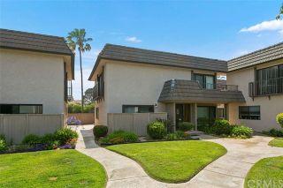 Photo 2: SOLANA BEACH Condo for sale : 2 bedrooms : 884 S Sierra Avenue
