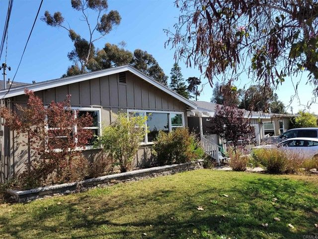 Main Photo: House for sale : 4 bedrooms : 72 Center Street in Chula Vista