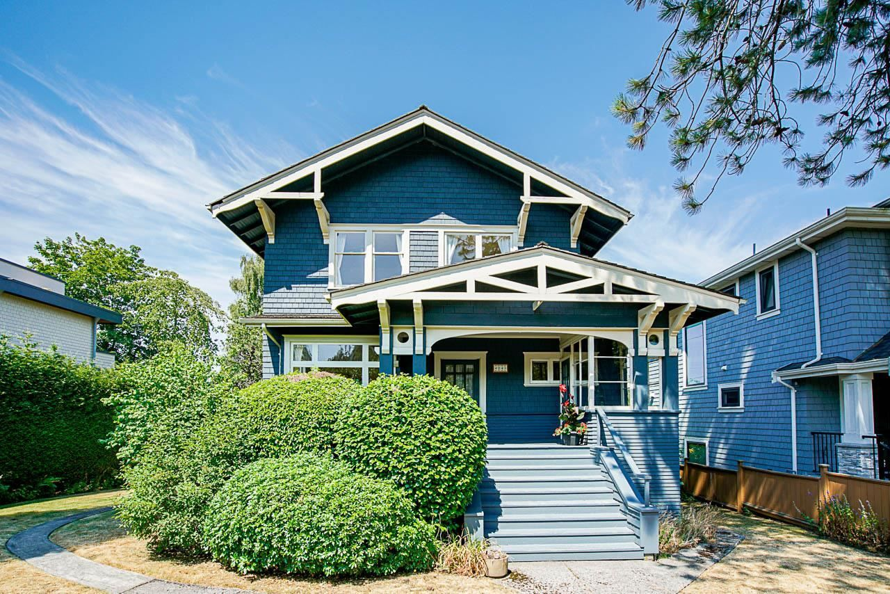 Main Photo: 4243 W 12TH Avenue in Vancouver: Point Grey House for sale (Vancouver West)  : MLS®# R2601760