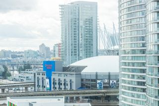 """Photo 32: 1610 550 TAYLOR Street in Vancouver: Downtown VW Condo for sale in """"The Taylor"""" (Vancouver West)  : MLS®# R2251836"""