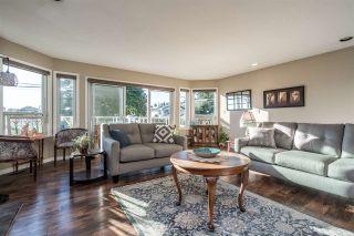 Photo 13: 890 STEVENS STREET: White Rock House for sale (South Surrey White Rock)  : MLS®# R2503733