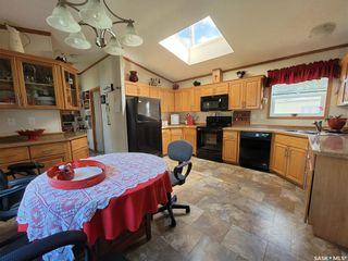 Photo 2: 472 32nd Street in Battleford: Residential for sale : MLS®# SK866712