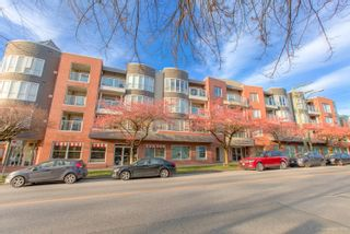 "Photo 44: 101 789 W 16TH Avenue in Vancouver: Fairview VW Condo for sale in ""Sixteen Willows"" (Vancouver West)  : MLS®# R2423292"