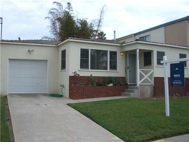 Main Photo: PACIFIC BEACH House for sale : 2 bedrooms : 4276 Lamont