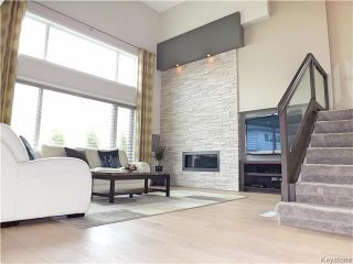 Photo 3: 23 Wainwright Crescent in Winnipeg: River Park South Residential for sale (2F)  : MLS®# 1729170