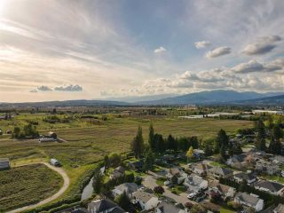 Photo 35: 18863 FORD Road in Pitt Meadows: Central Meadows House for sale : MLS®# R2579235