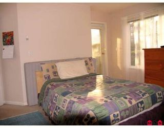Photo 4: 109 12155 75A Avenue in Surrey: West Newton Condo for sale : MLS®# F2808894