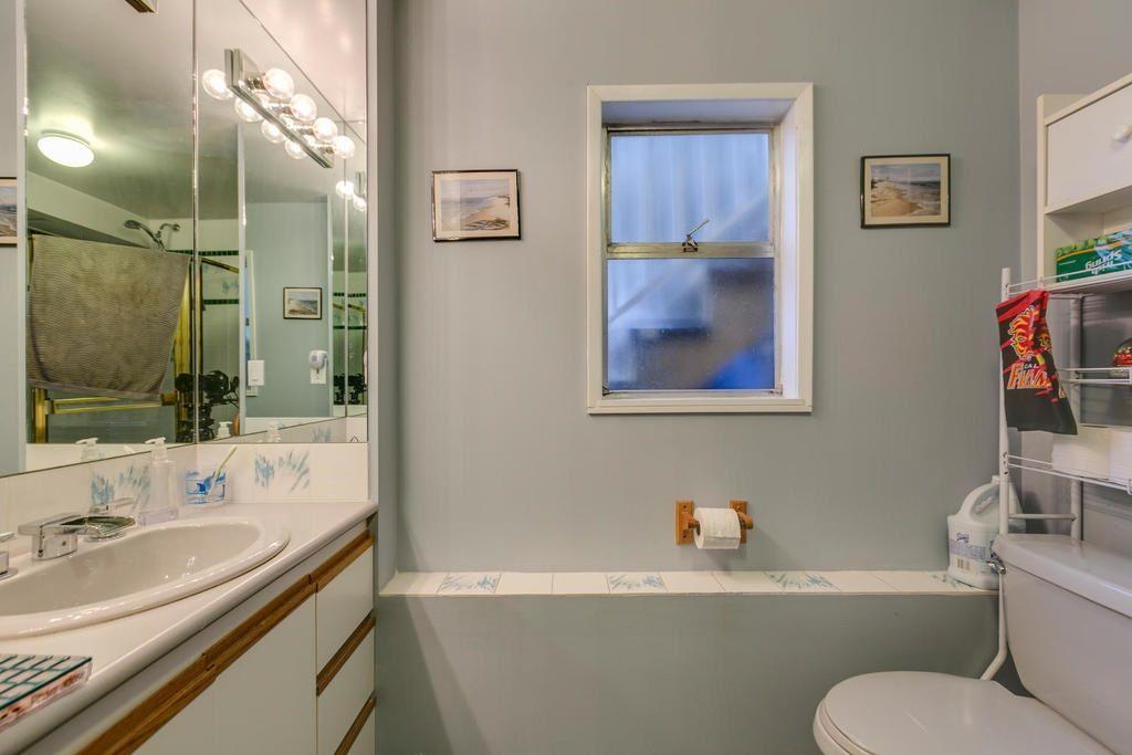 Photo 17: Photos: 12579 97 Avenue in Surrey: Cedar Hills House for sale (North Surrey)  : MLS®# R2225806
