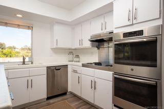 Photo 7: LA JOLLA House for sale : 5 bedrooms : 8373 Prestwick Dr