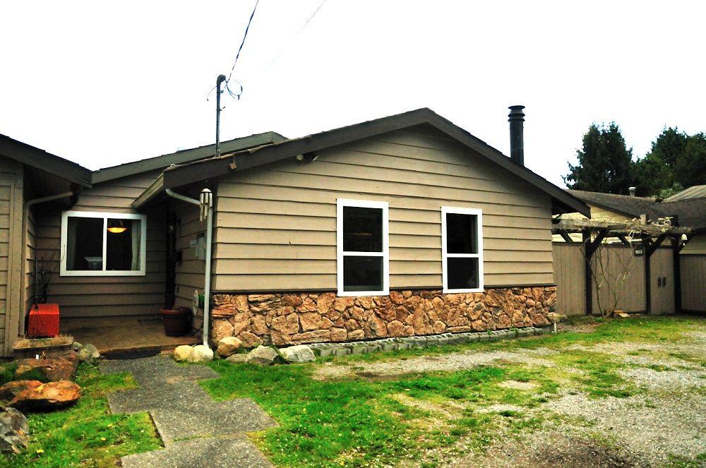 Main Photo: 6720 NO 1 Road in Richmond: Riverdale RI House 1/2 Duplex for sale