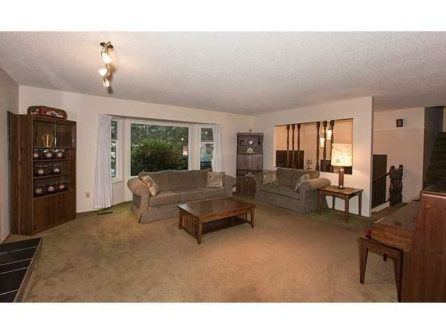 """Photo 3: Photos: 9725 155A Street in Surrey: Guildford House for sale in """"BRIARWOOD"""" (North Surrey)  : MLS®# F1430730"""