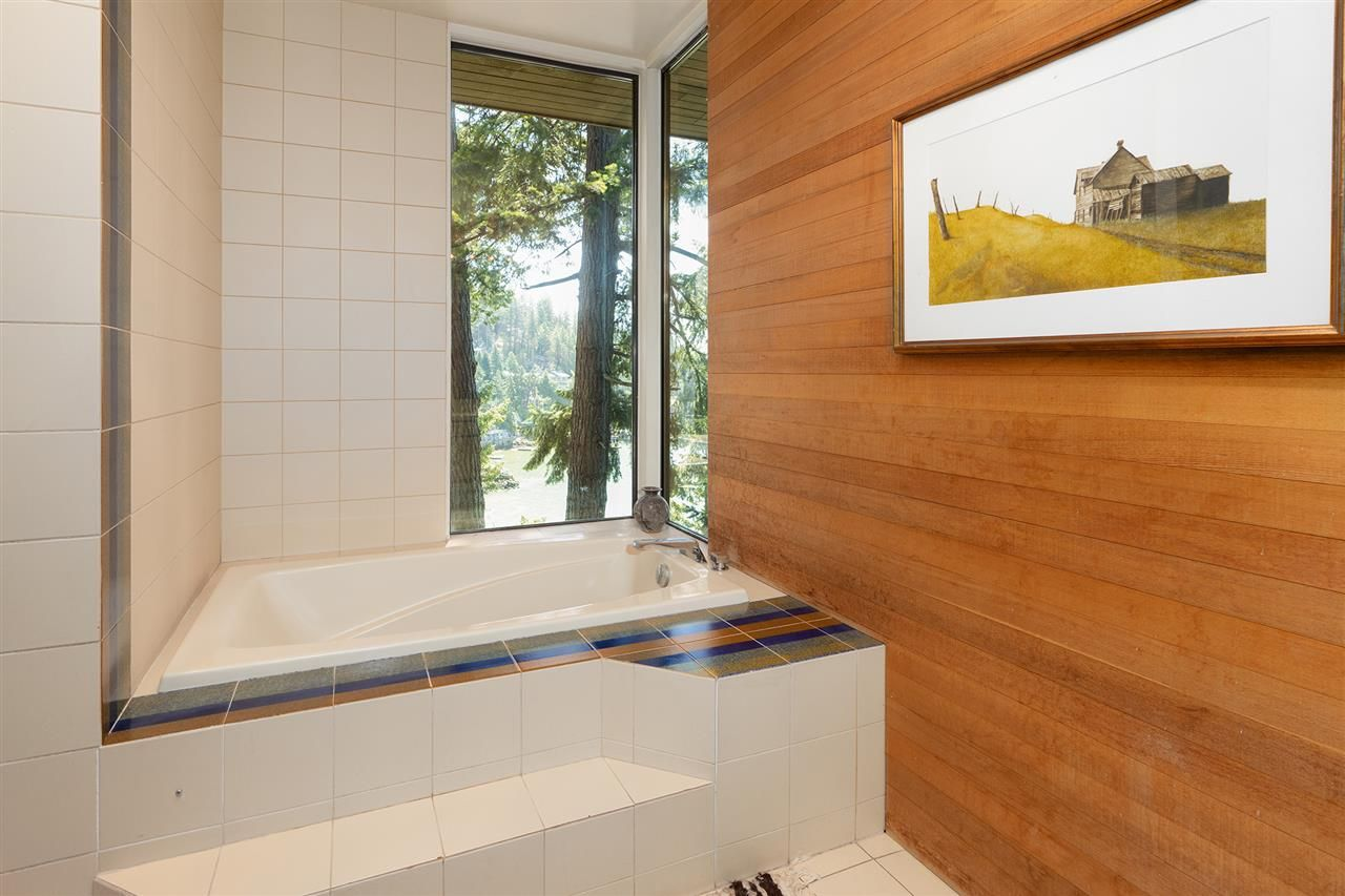 Photo 36: Photos: 5235 GULF Place in West Vancouver: Caulfeild House for sale : MLS®# R2498528