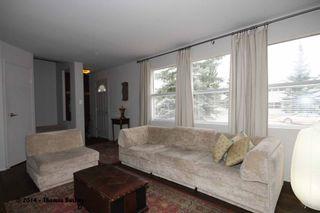 Photo 7: 529 32 AVE NE in CALGARY: Winston Heights_Mountview House for sale (Calgary)  : MLS®# C3611929
