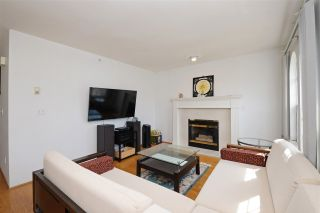 Photo 3: 3041 E 23RD Avenue in Vancouver: Renfrew Heights House for sale (Vancouver East)  : MLS®# R2198120
