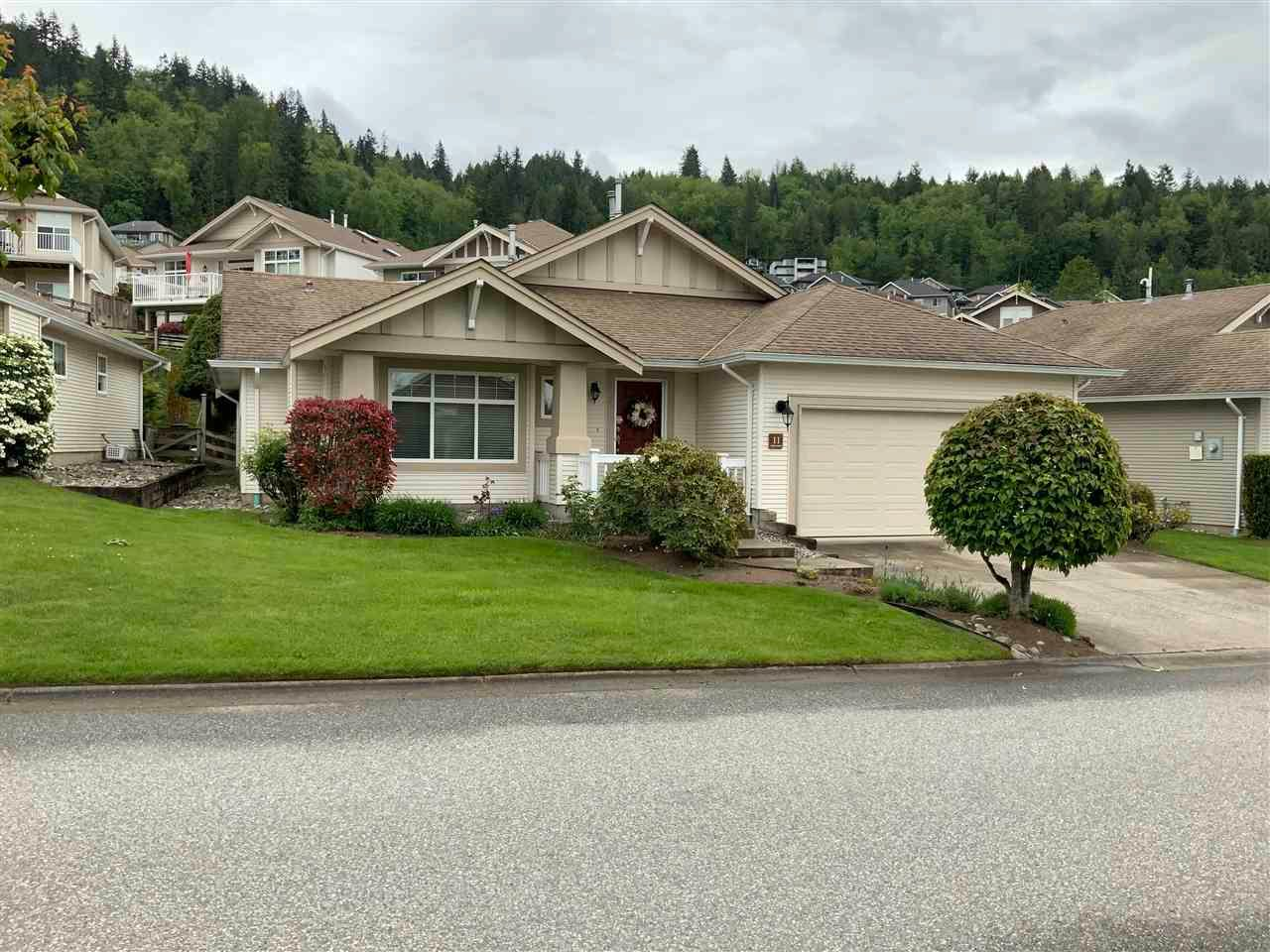 """Main Photo: 11 5700 JINKERSON Road in Chilliwack: Promontory House for sale in """"Thom Creek Ranch"""" (Sardis)  : MLS®# R2579508"""