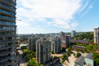 "Photo 15: 2508 888 CARNARVON Street in New Westminster: Downtown NW Condo for sale in ""MARINUS AT PLAZA 88"" : MLS®# R2292806"