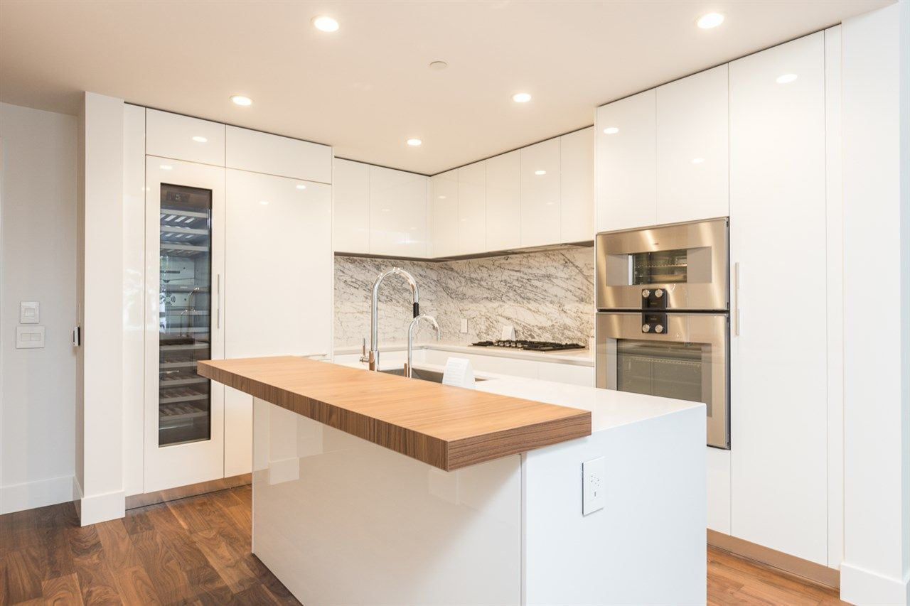 """Main Photo: 104 7428 ALBERTA Street in Vancouver: South Cambie Condo for sale in """"Belpark"""" (Vancouver West)  : MLS®# R2527858"""