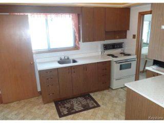 Photo 2: 19 Royal Crescent in WINNIPEG: West Kildonan / Garden City Residential for sale (North West Winnipeg)  : MLS®# 1325779