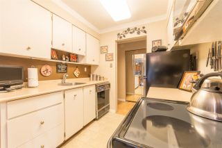 """Photo 5: 211 555 W 28TH Street in North Vancouver: Upper Lonsdale Townhouse for sale in """"CEDAR BROOKE VILLAGE"""" : MLS®# R2356564"""