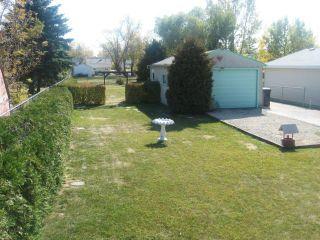 Photo 3: 102 Sadler Avenue in WINNIPEG: St Vital Residential for sale (South East Winnipeg)  : MLS®# 1220866