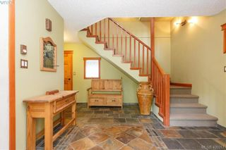 Photo 2: 668 Caleb Pike Rd in VICTORIA: Hi Western Highlands House for sale (Highlands)  : MLS®# 798693