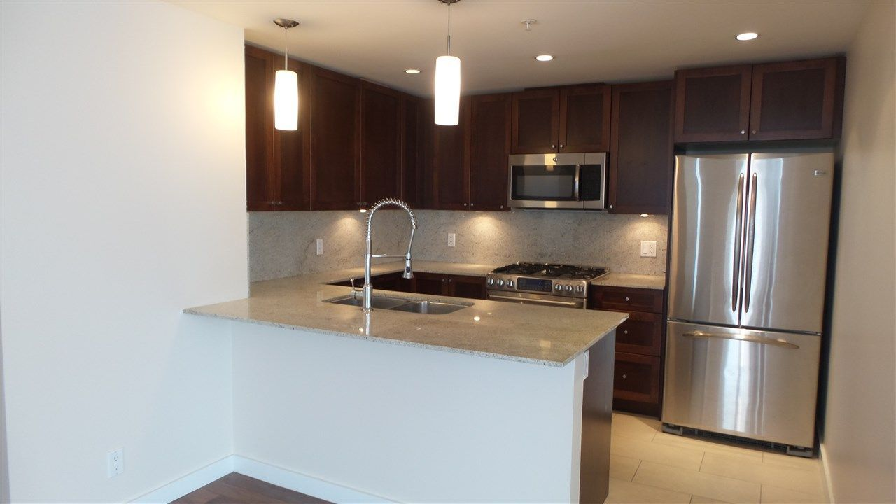 Main Photo: 2402 280 ROSS DRIVE in New Westminster: Fraserview NW Condo for sale : MLS®# R2230020
