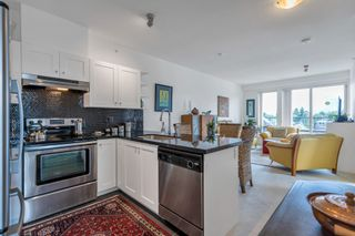 """Photo 3: 423 4550 FRASER Street in Vancouver: Fraser VE Condo for sale in """"Century"""" (Vancouver East)  : MLS®# R2614168"""