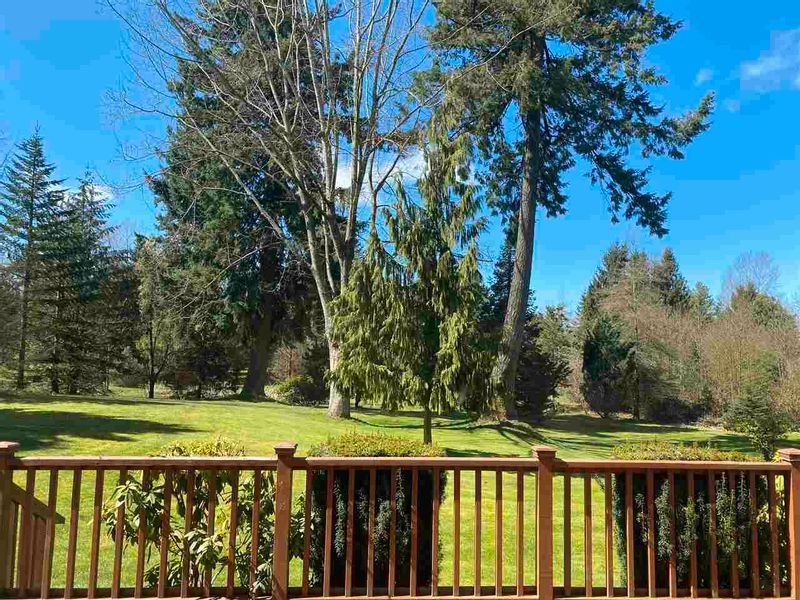 FEATURED LISTING: 1437 212 Street Langley