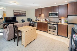 """Photo 9: 14 1863 WESBROOK Mall in Vancouver: University VW Townhouse for sale in """"Esse"""" (Vancouver West)  : MLS®# R2354042"""