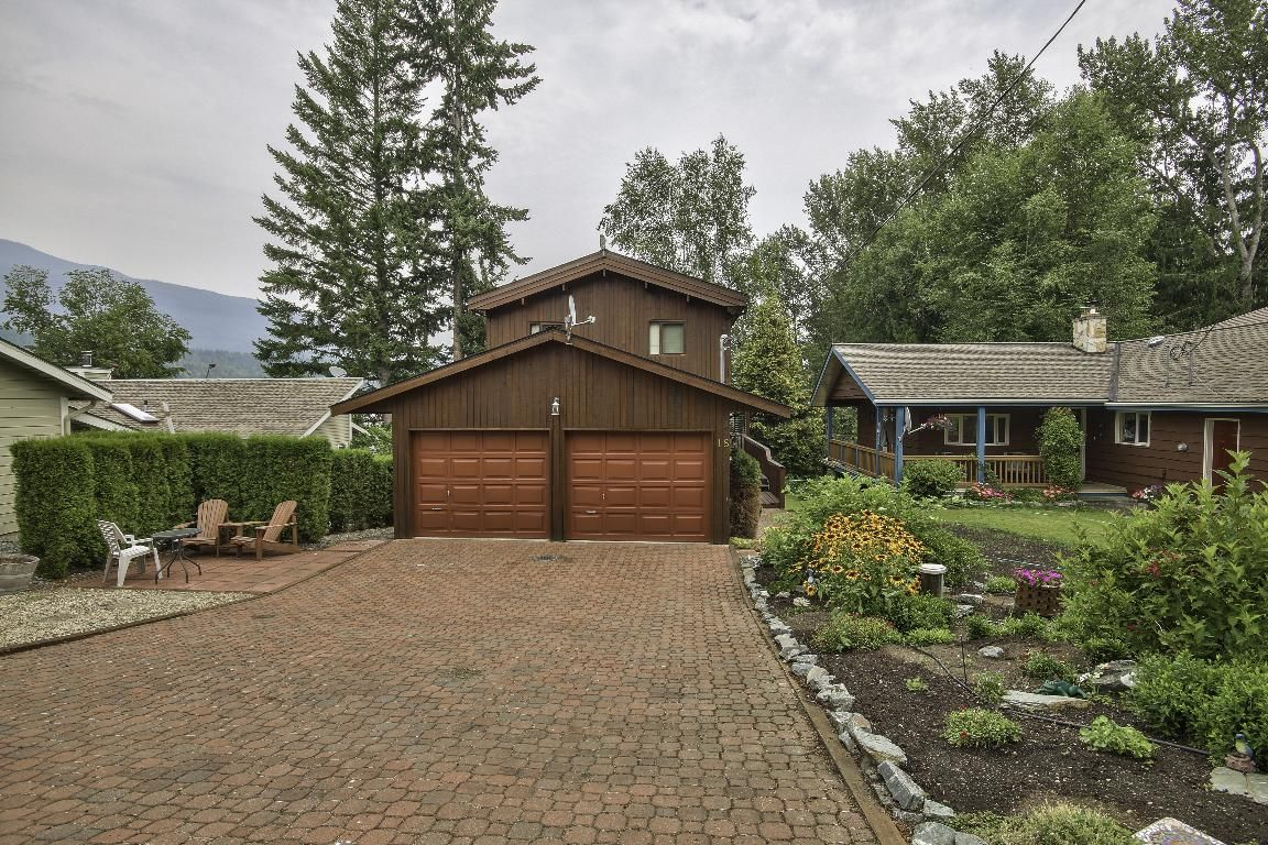 Main Photo: 18 6172 Squilax Anglemont Road in Magna Bay: North Shuswap House for sale (Shuswap)  : MLS®# 10164622