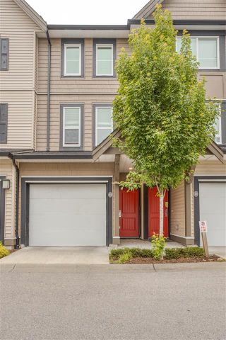 """Photo 2: 13 14555 68 Avenue in Surrey: East Newton Townhouse for sale in """"Sync"""" : MLS®# R2593338"""