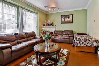 Photo 7: 27 7156 144 STREET in Surrey: East Newton Townhouse for sale : MLS®# R2101962