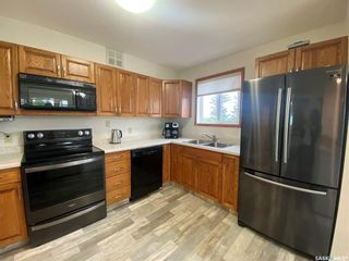 Photo 4: 205 62 24th Street in Battleford: Residential for sale : MLS®# SK864585
