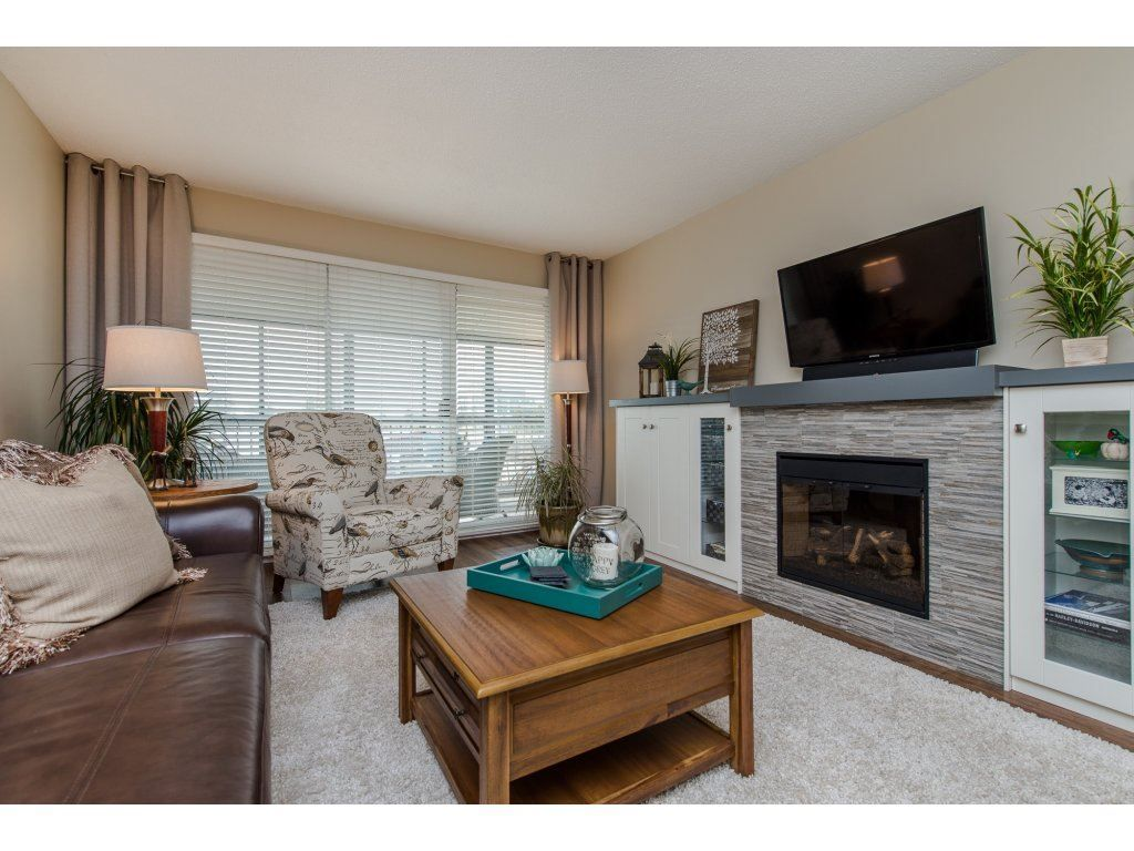 "Photo 14: Photos: 302 32089 OLD YALE Road in Abbotsford: Abbotsford West Condo for sale in ""HEATHER RIDGE"" : MLS®# R2113842"