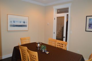 Photo 9: 609 W 24TH Close in North Vancouver: Hamilton House for sale : MLS®# R2044403