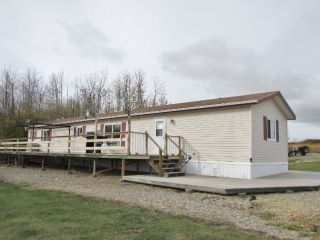 """Photo 2: 5395 230TH Road: Taylor Manufactured Home for sale in """"SOUTH TAYLOR"""" (Fort St. John (Zone 60))  : MLS®# N240220"""