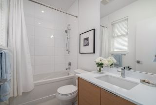 Photo 13: 574 E 16TH Avenue in Vancouver: Fraser VE 1/2 Duplex for sale (Vancouver East)  : MLS®# R2039860