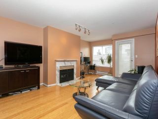 """Photo 2: 215 3400 SE MARINE Drive in Vancouver: Champlain Heights Condo for sale in """"Tiffany Ridge"""" (Vancouver East)  : MLS®# R2392821"""