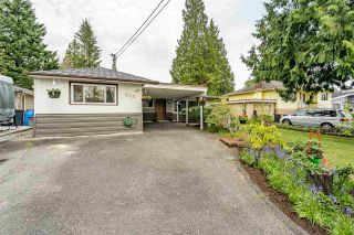 Photo 3: 946 CAITHNESS Crescent in Port Moody: Glenayre House for sale : MLS®# R2580663