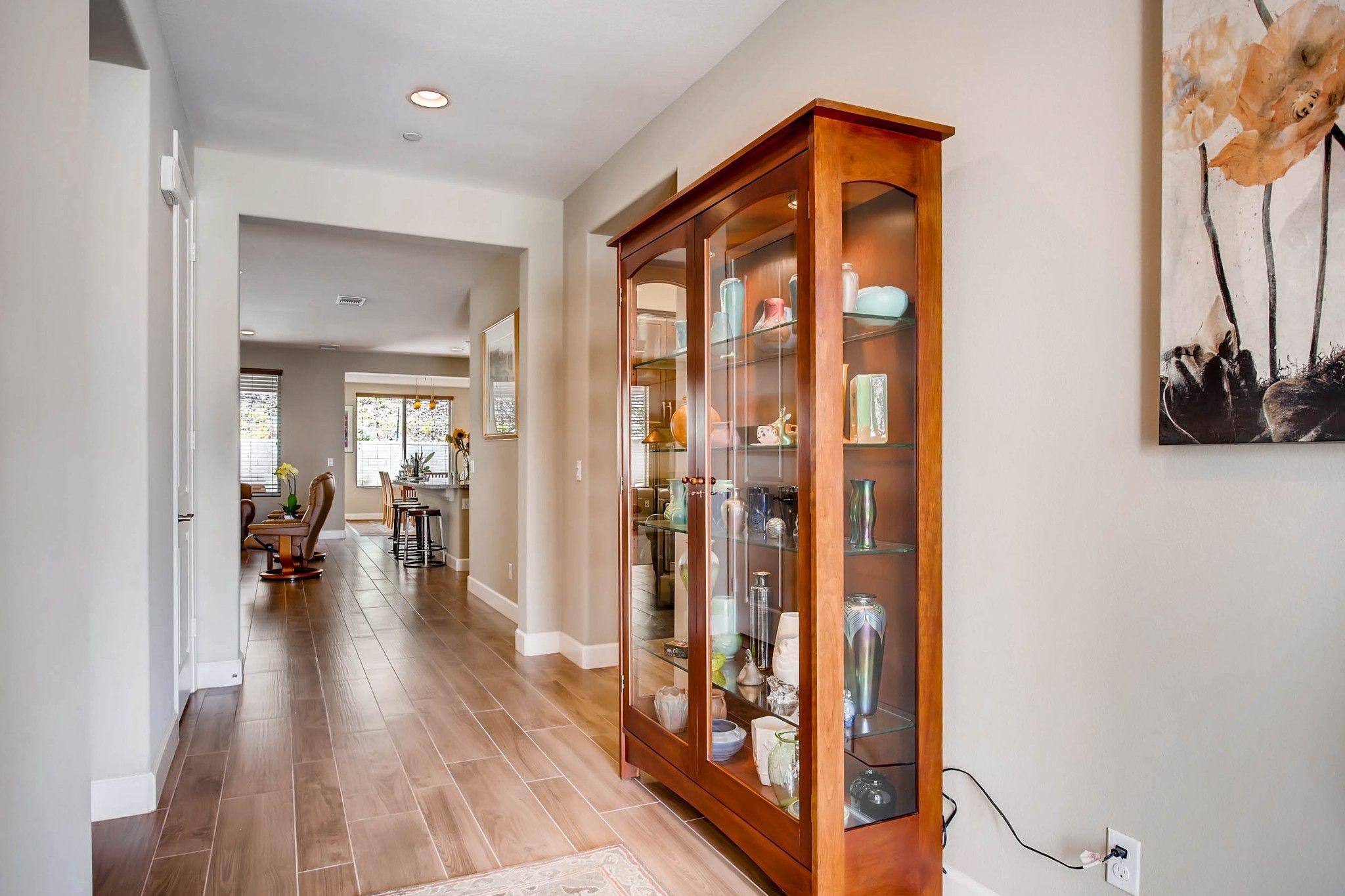 Photo 2: Photos: Residential for sale : 5 bedrooms : 443 Machado Way in Vista