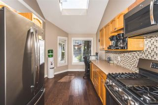Photo 2: 56 9045 WALNUT GROVE DRIVE in Langley: Walnut Grove Townhouse for sale : MLS®# R2189475