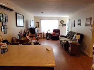Photo 4: 55-57 Glencairn Avenue in Westmount: 202-Sydney River / Coxheath Residential for sale (Cape Breton)  : MLS®# 202121130