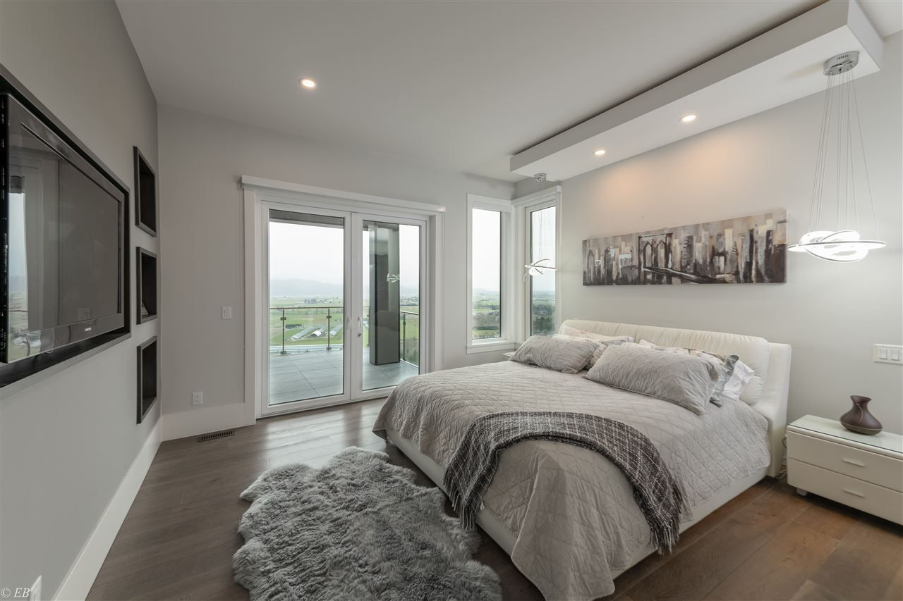 Photo 10: Photos: 36498 FLORENCE DRIVE in Abbotsford: Abbotsford East House for sale : MLS®# R2550580