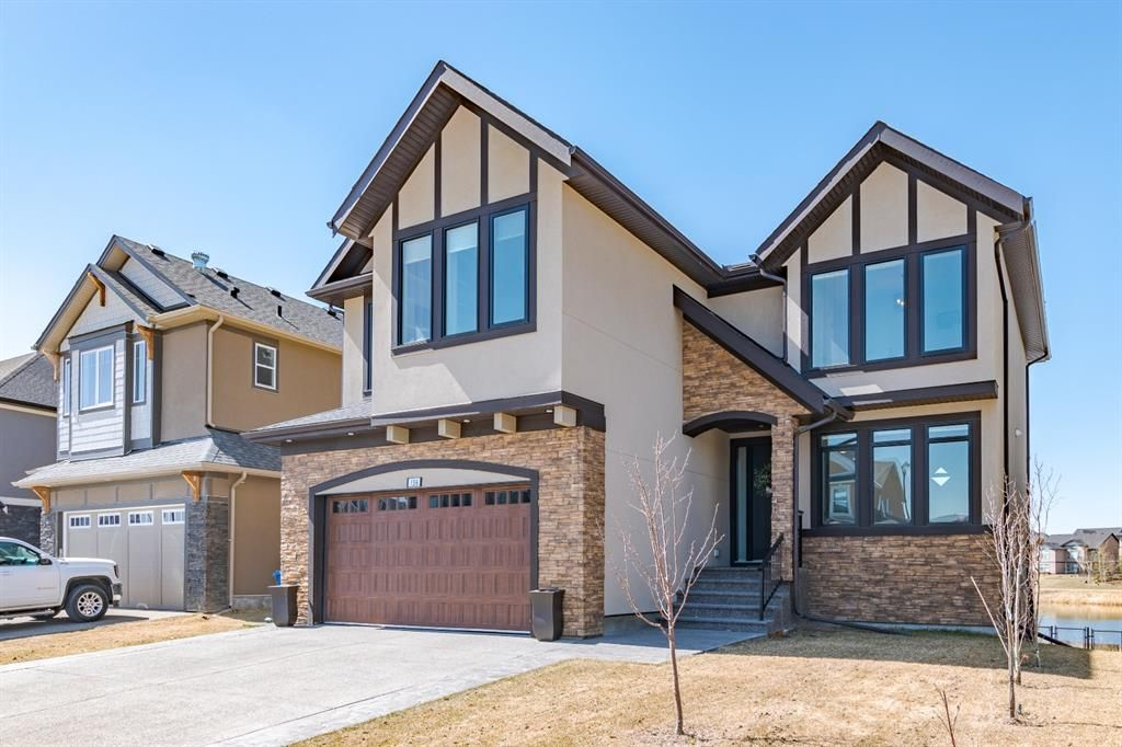 Main Photo: 136 Kinniburgh Loop: Chestermere Detached for sale : MLS®# A1096326
