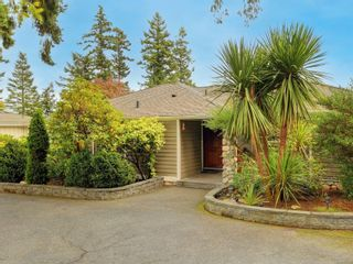 Photo 2:  in : SE Arbutus House for sale (Saanich East)  : MLS®# 887353