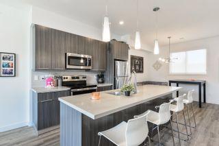 Photo 10: 10306 10308 154 Street in Edmonton: Zone 21 House Duplex for sale : MLS®# E4261939