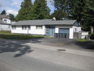 Photo 2: 17287 58 Avenue in Surrey: Cloverdale BC House for sale (Cloverdale)  : MLS®# R2618367