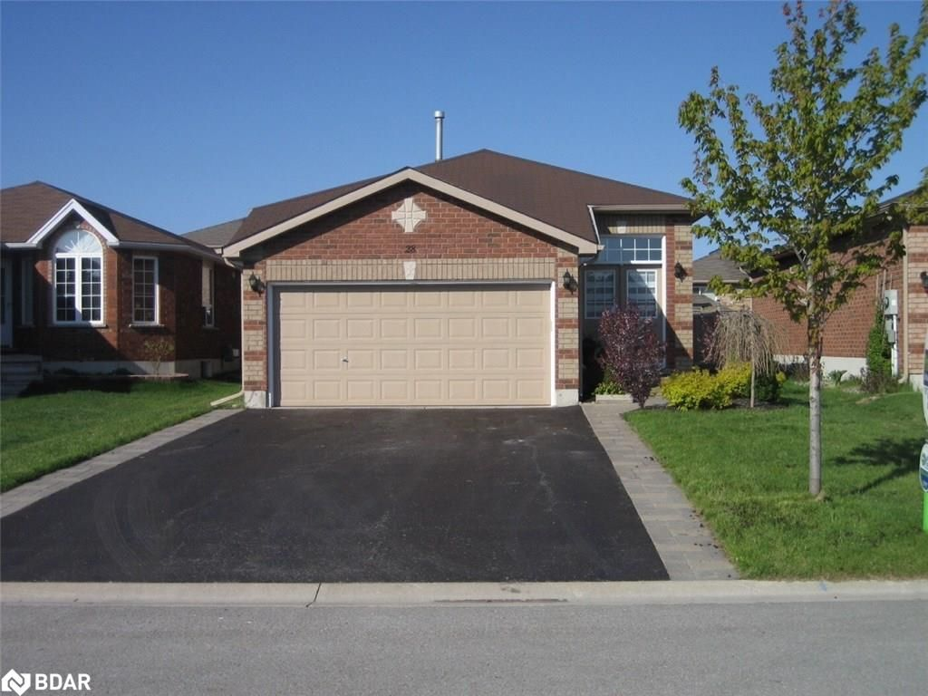 Photo 1: Photos: 28 KRAUS Road in Barrie: House for sale