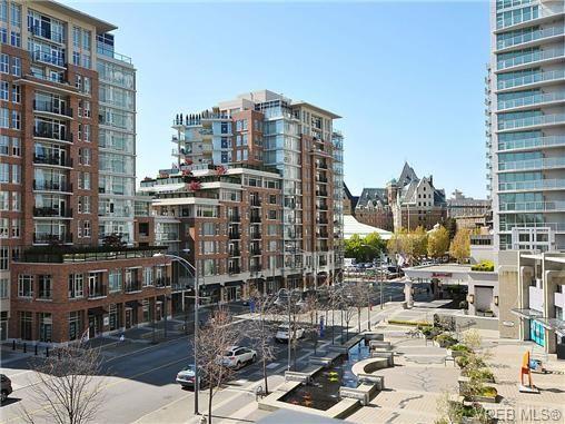 Main Photo: 306 788 Humboldt St in VICTORIA: Vi Downtown Condo for sale (Victoria)  : MLS®# 679390
