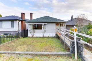 Photo 1: 18 N SEA Avenue in Burnaby: Capitol Hill BN House for sale (Burnaby North)  : MLS®# R2527053